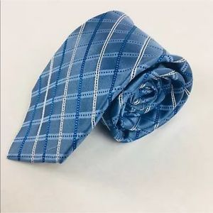 Bloomingdales Mens Tie Med Blue Silk T11